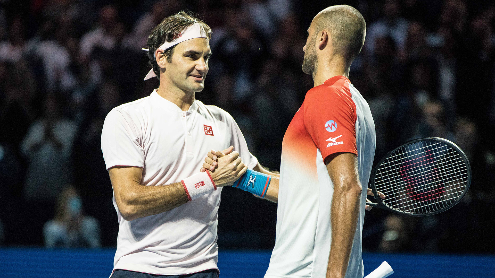 Marius Copil gets defeated by Roger Federer